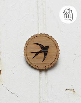 brooch-bridesmaid-favour-003-swallow-Oh_Yay-wedding-shop
